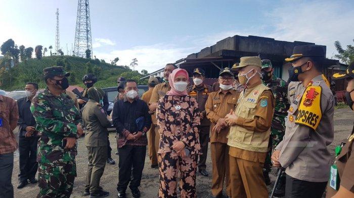 Bupati Adirozal Dampingi Pj Gubernur Jambi Lakukan Pengecekan Pospam Penyekatan Lebaran