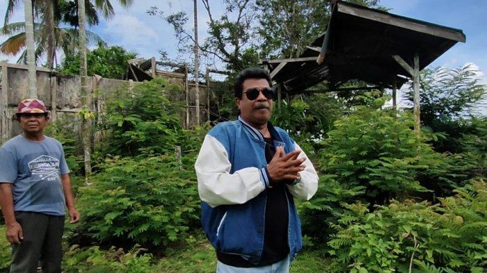Afrizal J Toisuta (53) adalah seorang Youtuber yang tinggal di Muara Tembesi, Kabupaten Batanghari. Selain Youtuber, dia juga menggeluti profesi sebagai jurnalis senior di Kabupaten Batanghari.