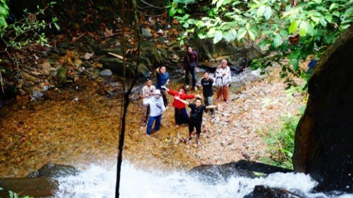 Menikmati Keindahan Air Terjun Segunggung di Desa Kasiro Sarolangun, Jarang Dikunjungi Masyarakat