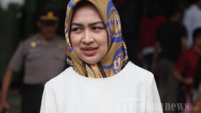Airin Rachmi Diany Lepas Jabatan Walkot, Kapolres Tangsel Tulis Puisi Romantis Berjudul 'Airinku'