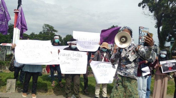 AJI dan Forum Pers Mahasiswa Jambi Lakukan Aksi Solidaritas untuk Nurhadi Jurnalis Tempo