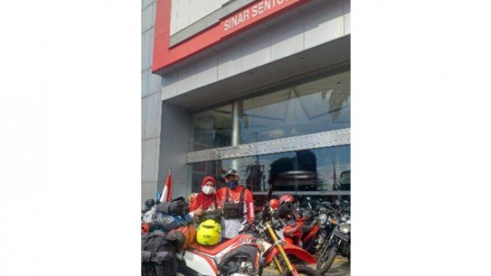 Amir dan Mintasis Suryawati disambut hangat bikers dari berbagai komunitas motor dan PT Sinar Sentosa Primatama (Sinsen) main dealer sepeda motor Honda.