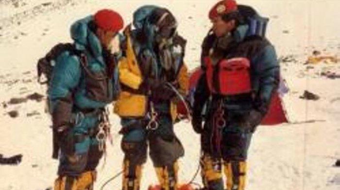 Legenda ''Hantu Gunung'' Everest Akhirnya Acungi Jempol Anggota Kopassus, Iwan Sempat Oleng