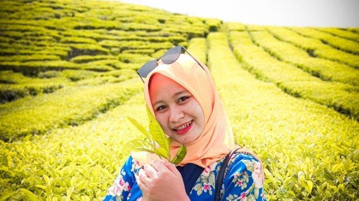 Anggun Dirta Sari, Model Cantik Asal Kerinci Ini Kenalkan Wisata yang Ada di Pelosok Desa