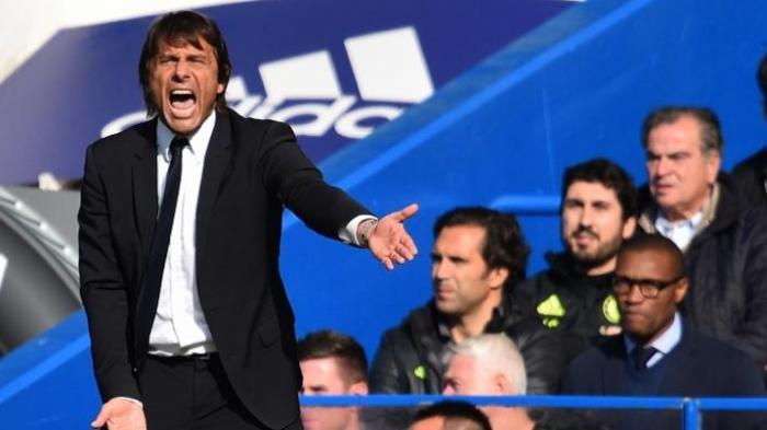 Antonio Conte kala menjadi pelatih Chelsea