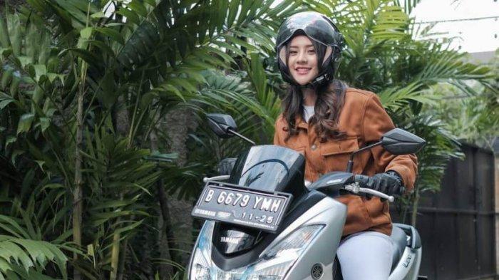 Anya Geraldine Jadikan Si 'Sexy Lexi' Sebagai Teman Berkenadarnya