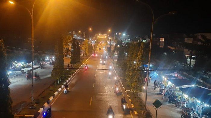 Arus kendaraan di Kota Bangko, Kabupaten Merangin pun terpantau padat, yang didominasi kendaraan roda dua.