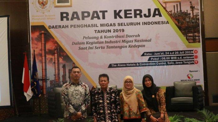 Asisten II Wakili Bupati Pada Rapat Kerja ADPM 2019 Penghasil Migas Seluruh Indonesia di Solo