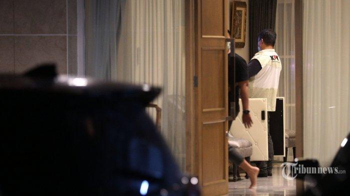 Nasib Azis Syamsuddin Setelah Penyidik KPK Temukan Bukti Kasus Suap Hasil Geledah Rumah Prbadinya