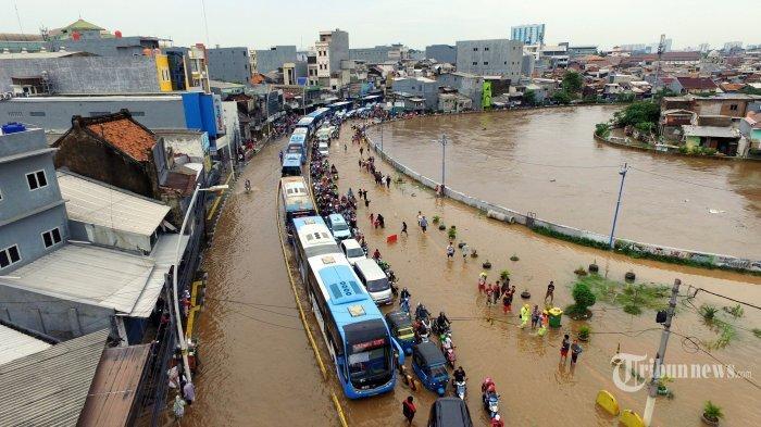OPINI: Banjir dan Sensus Penduduk 2020