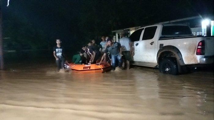200 Lebih Rumah di Kecamatan Limun Sarolangun Terendam Banjir, Warga Terpaksa Mengungsi