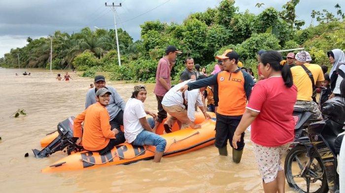 BREAKING NEWS: 65 Rumah Terendam di Teluk Lancang, VII Koto, Enam Kecamatan Lain Terancam