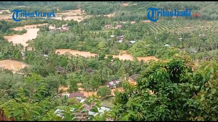 Ilustrasi banjir sejumlah desa di Kecamatan Limun, Sarolangun.