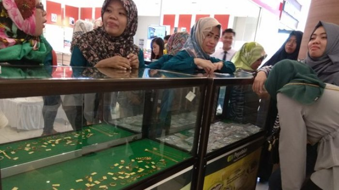 Dalam rangka ulang tahun ke 117 tahun, PT Pegadaian (Persero) Area Jambi mengadakan berbagai kegiatan perlombaan, donor darah dan bazar emas yang dapat diikuti masyarakat umum, Senin (8/4).