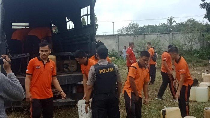 BBM Sering Kosong, Polisi Gerebek SPBU di Tebo dan Temukan Kendaraan Modifikasi Juga Puluhan Jeriken