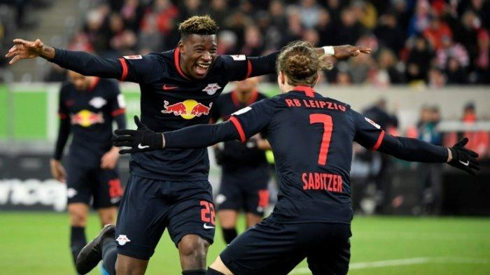 BOS Man United Tertarik Datangkan Bek RB Leipzig Ini Karena Tak Puas dengan Kinerja Wan-Bissaka