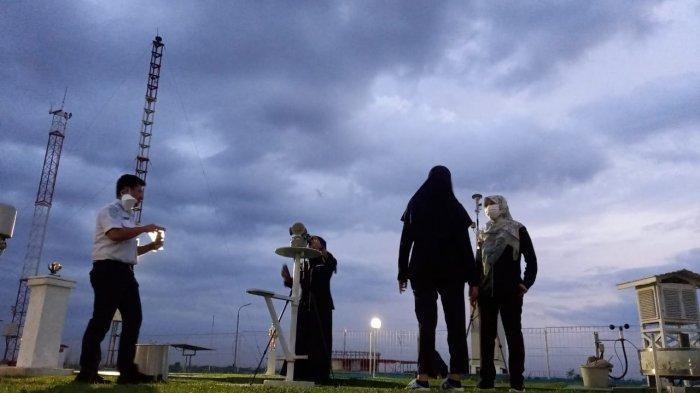 Foto pantauan gerhana bulan sore tadi, Rabu sore di BMKG Jambi