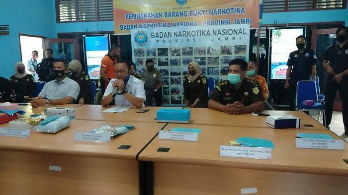 BNN Jambi Amankan 8,9 Kg Sabu dan Ribuan Pil Ekstasi Senilai Rp 11 Miliar