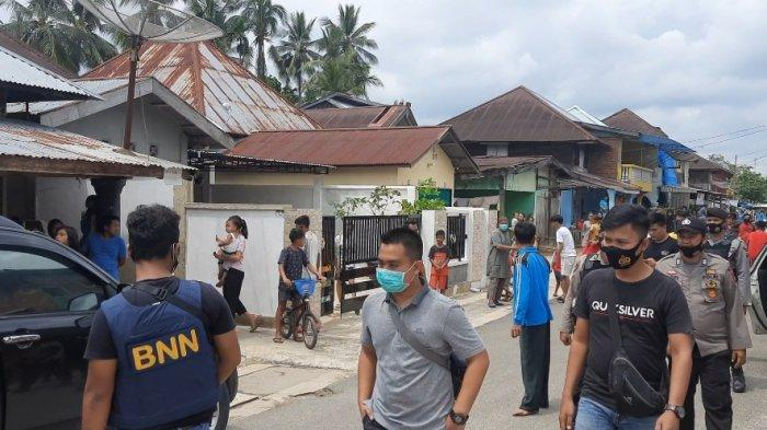 Badan Narkotika Nasional Provinsi Jambi dan Polres Bungo buru pengedar narkoba di Kabupaten Bungo, Sabtu (24/10/2020).