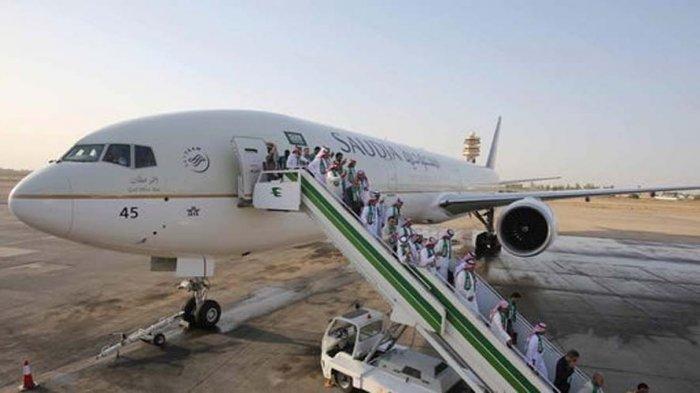 Pesawat Boeing 777-300 Saudi Arabian Airlines SV816.