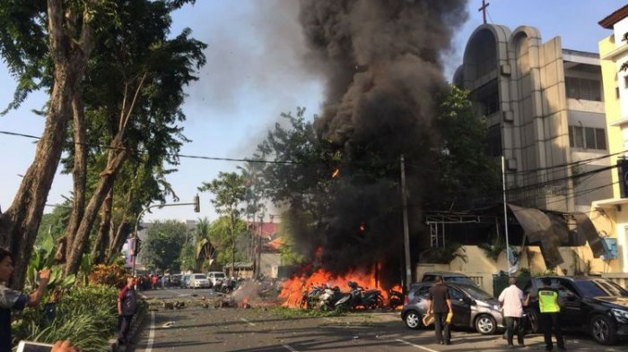 Terungkap Ini Wajah Pelaku Bom Surabaya Mereka Masih Satu Keluarga Berjumlah 6 Orang
