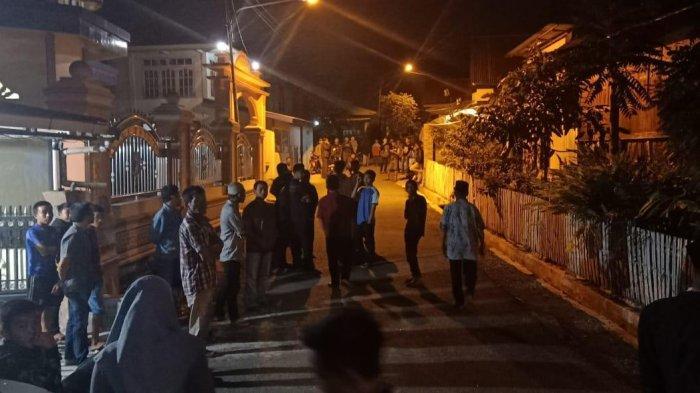 BREAKING NEWS, Kantor Desa Dilempari Batu, Pemilihan BPD Koto Baru, Tanah Kampung, Sungaipenuh Ricuh