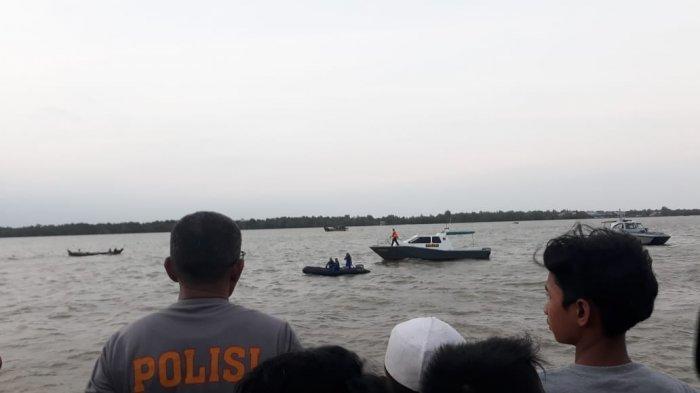 BREAKING NEWS Seorang Anak yang Berenang di Kawasan WFC Kuala Tungkal, Diduga Tenggelam