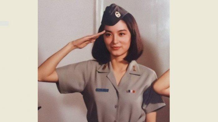 10 Artis Mandarin 1990-an Tercantik dari Brigitte Lin hingga Gong Li yang Misterius