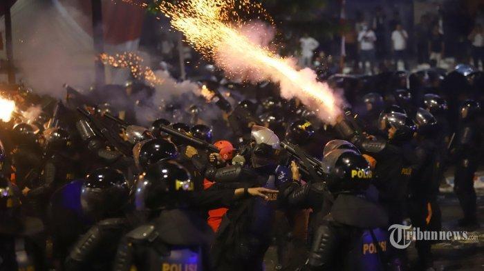 VIRAL Penemuan Selongsong Gas Air Mata Kedaluarsa Usai Aksi Demo di Depan Gedung DPR, Ini Bahayanya
