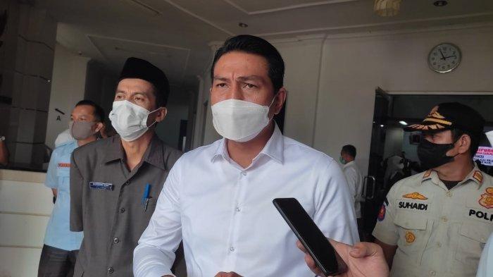 Bupati Batanghari Fadhil Arief Kena Penyakit Tipes Ungkap Sang Istri, Hasil Swab Keluar