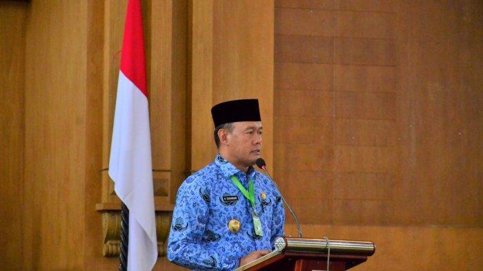 Bupati Sukandar Pimpin Pengambilan Sumpah/Janji 169 PNS, Tenaga Honorer dan PTT Kemenkes RI