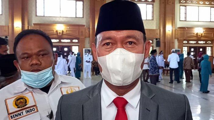 Bupati Sukandar