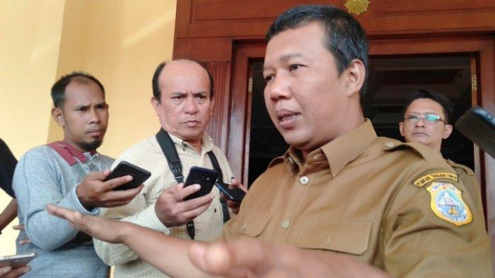 Bupati Tanjabtim Tinjau Vaksinasi Covid-19 dan Mahasiswa KKN Kebangsaan di Kuala Jambi