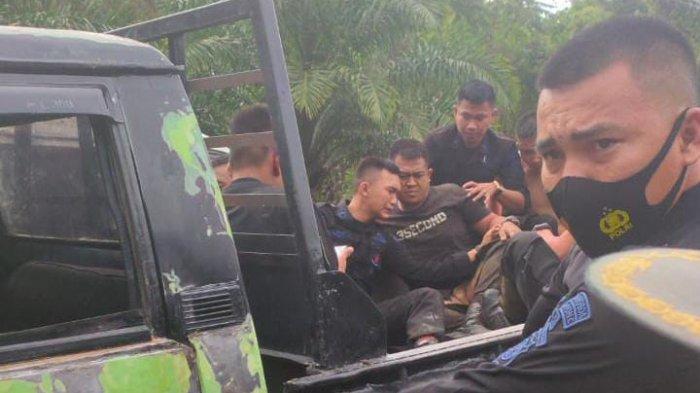 BREAKING NEWS: Bus Pengangkut Personel Brimob Terguling di Kerinci, Rombongan Pengaman Pilkada