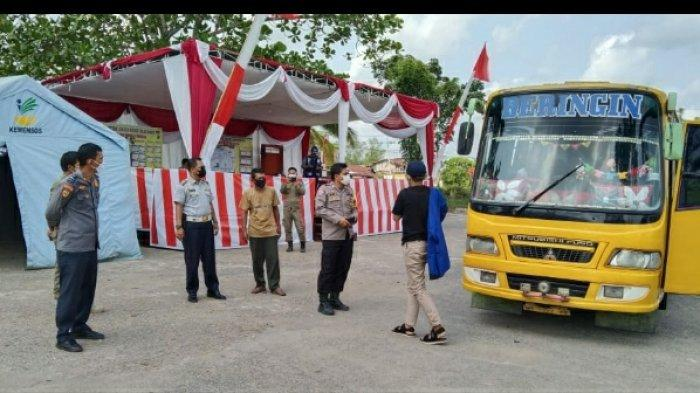 Nasib Tiga Bus Berisikan Santri Sempat Disetop Petugas Pos Cek Poin di Terminal Pembengis