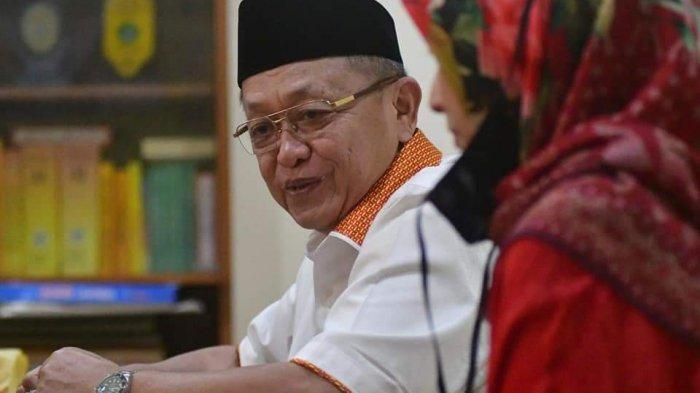 Cek Endra - Hj Ratu Munawaroh saat berada di Kantor DPD Partai Golkar Provinsi Jambi