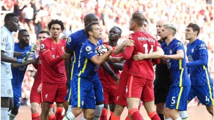 Chelsea vs Arsenal di laga pekan ketiga Liga Inggris, berakhir dengan skor 1-1. Terjadi keributan dalam laga saat Penyerang Liverpool, Mo Salah mencetak gol