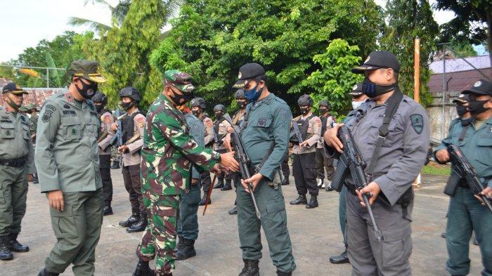 Danrem 042/Gapu Lepas 100 Personil Tim Gabungan Pengamanan Peredaran Hasil Hutan di Provinsi Jambi