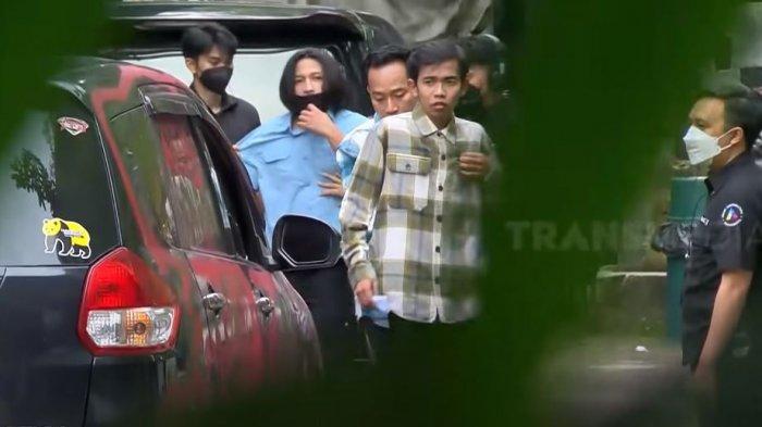 Motif Mobil Dede Sunandar Dirusak Fans Disorot, Denny Cagur dan Mpok Alpa Ungkap Fakta Ini: Songong!