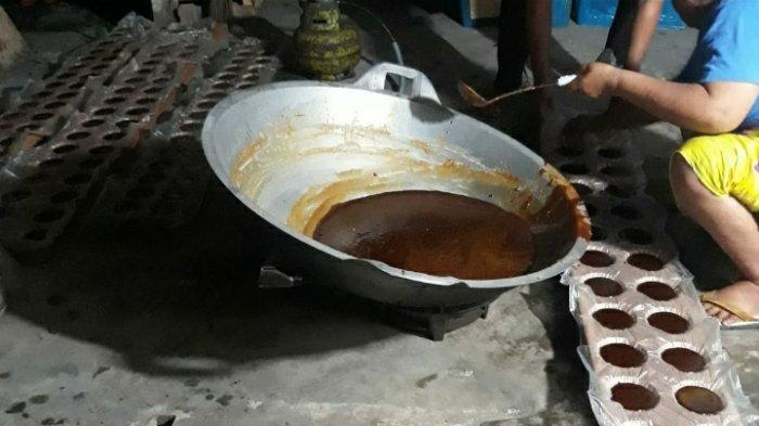 Didi 15 Tahun Menyuplai Gula Aren di Jambi, Kini Produksi Sudah Tembus 15 Ribu per Bulan