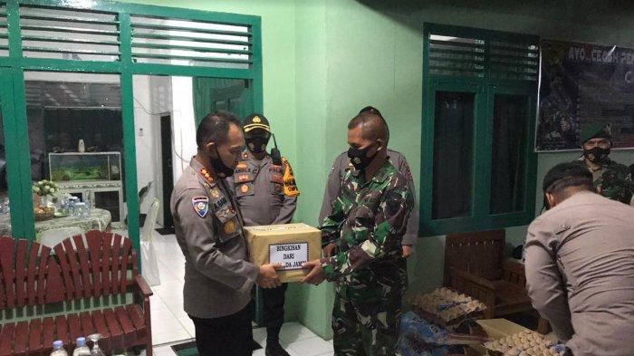 Mewakili Kapolda Jambi, Dirbinmas Polda Jambi, Kombes Pol Drs Abdul Gani bersilaturahmi dengan mengunjungi Koramil dan Polsek.