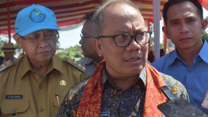 Dirjen Perkebunan Sebut Kementrian PUPR akan Beli Karet Rp9 Ribu per/Kg untuk Bahan Campuran Aspal