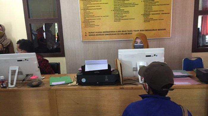 Proses pembuatan e-KTP di Disdukcapil Batanghari