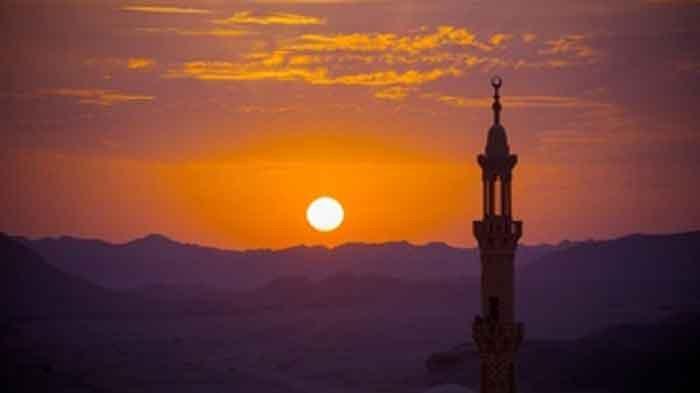 Tata Cara Sholat Magrib, Bacaan Doa dan Dzikir Magrib