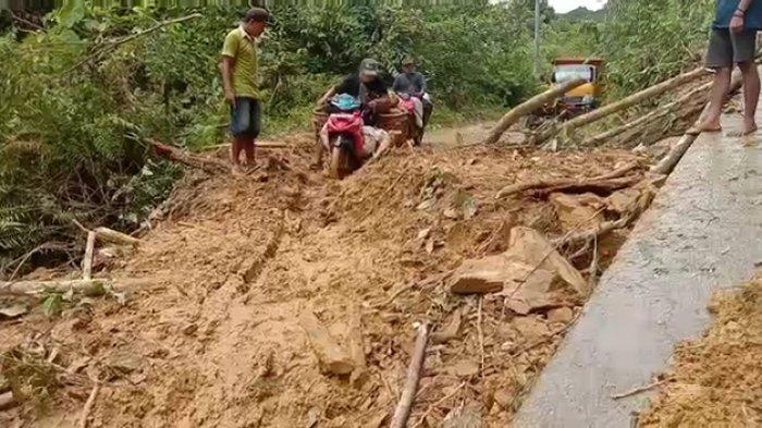 Dua Lokasi di Batang Asai Serentak Longsor, Warga Tak Lihat Ada Alat Bekerja