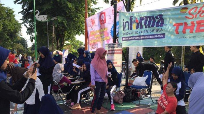 Dosen dan Mahasiswa Turun ke Jalan, Fisioterapi Stikes Baiturrahim Jambi Gelar Edukasi Kesehatan