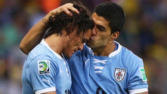 Duet penyerang Timnas Uruguay Edison Cavani dan Luis Suarez