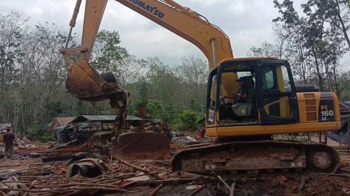 Dua Eskavator Diduga untuk PETI Diamankan Polres Merangin di Nalo Tantan