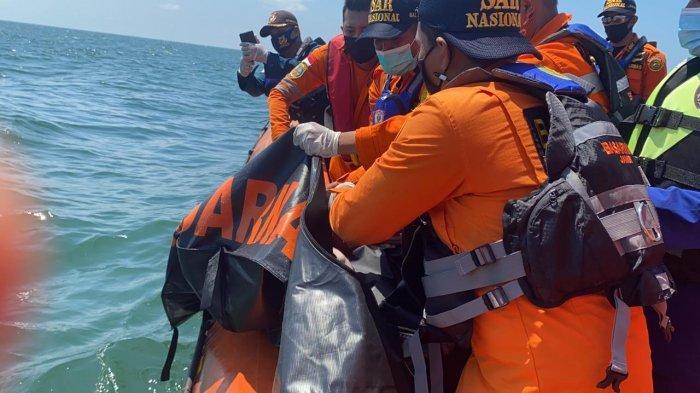 UPDATE 7 Orang Korban Tenggelam Kapal Wicly Sudah Ditemukan, Satu Orang Masih dalam Pencarian