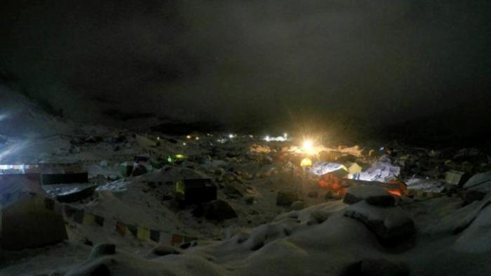 Waduh, Gunung Everest Kini Ditutupi 10 Ton Kotoran Manusia